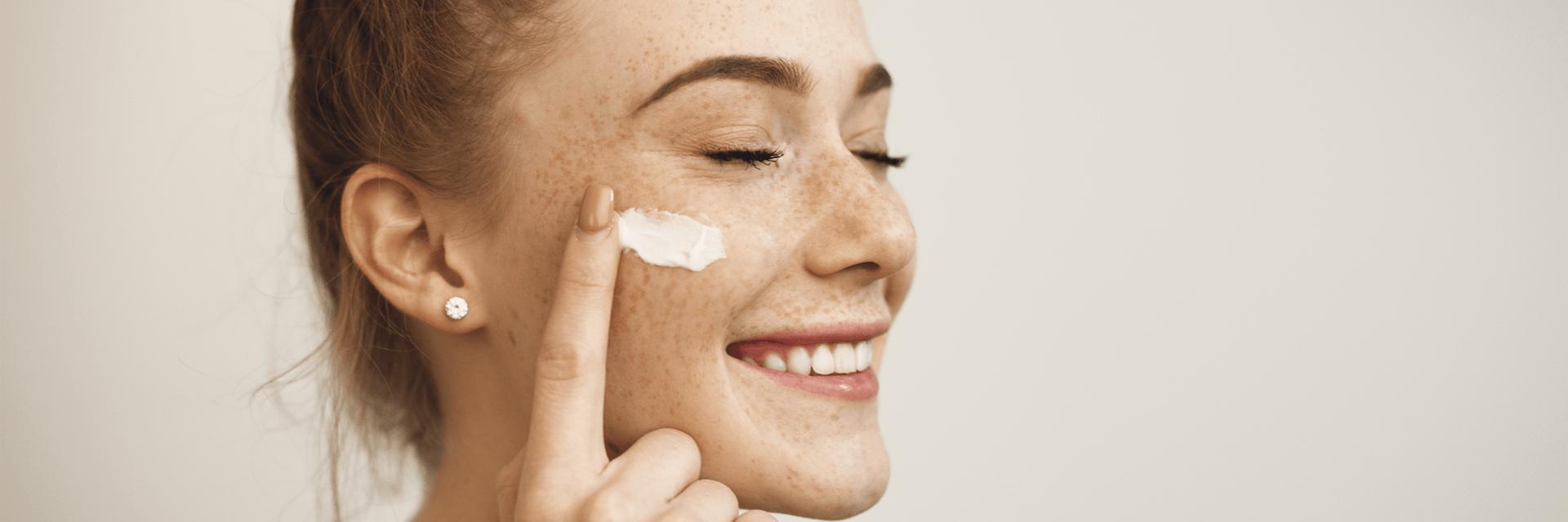 Natürliche Pflege für die Haut mit Naturkosmetik aus dem Reformhaus Bacher