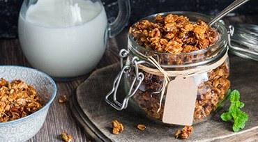 Homemade Granola mit Reformhaus Bacher