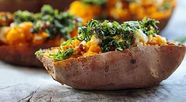 Gefüllte Kartoffeln mit Grünkohl