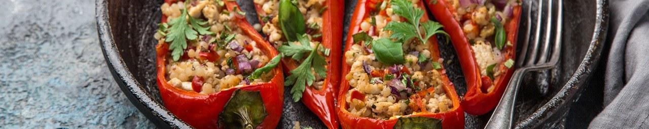 Spitzpaprika mit Linsen und Buchweizen